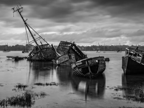 Pin Mill Wrecks by Tim Stott